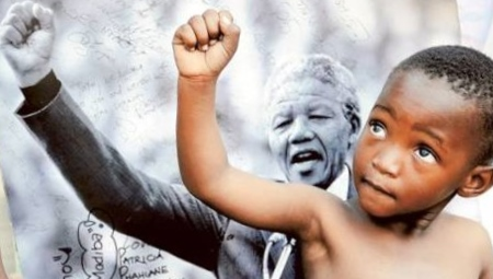 Nelson Mandela inspired everyone around him. I found this photo via a brilliant story on Yahoo's Shine